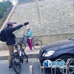 自転車道に平気で進入してくるクルマ社会・中国。交通弱者に平気でつけ回しをするクルマ社会・日本。