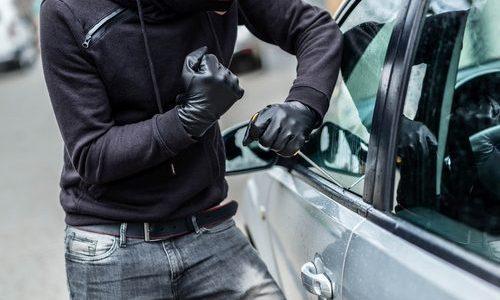 イモビライザー搭載車の盗難および「リレーアタック」による車両盗難